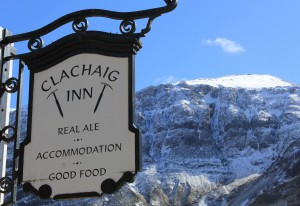 Sign and Aonach Dubh